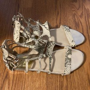 Vince Camuto Snakeskin Leather Sandals 8.5 GUC